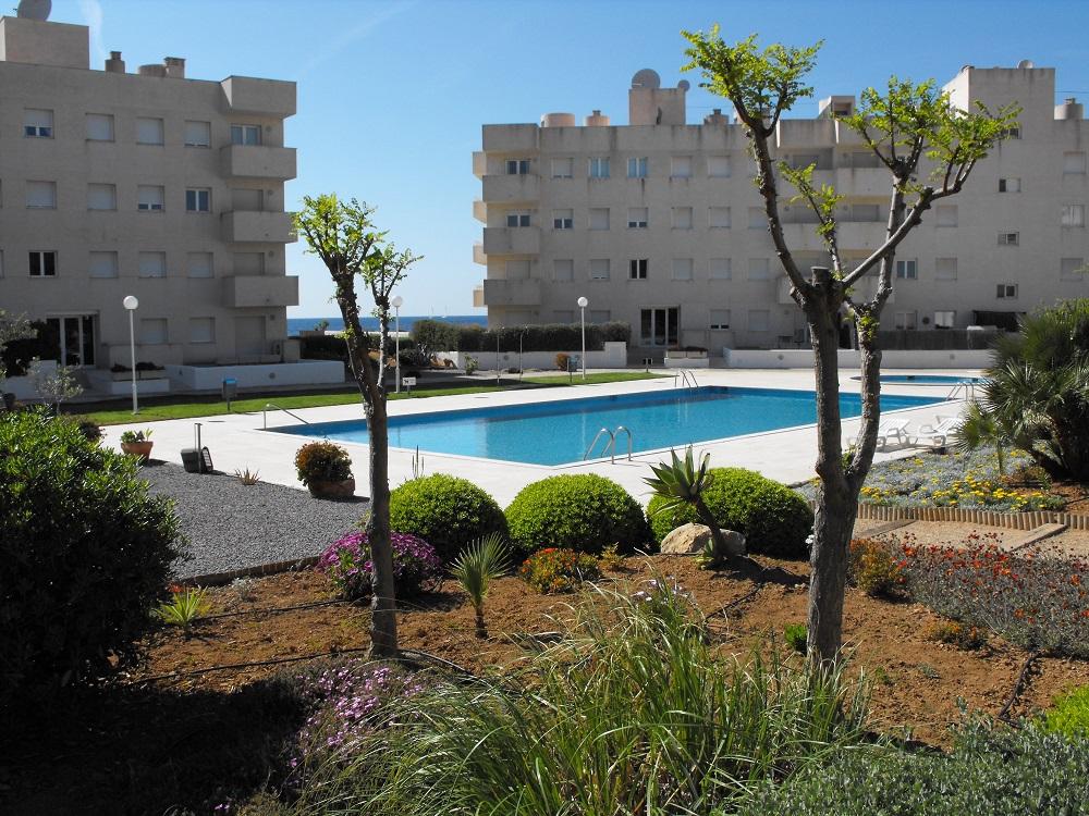 rent fantastic penthouse apartment